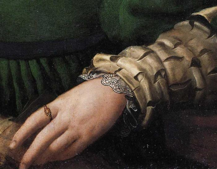 Agnolo Bronzino. Lady in Green. Detail.